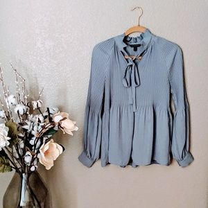 Banana Republic Gray Pleated Blouse Sz SP